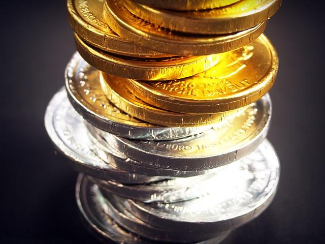 zlaté a stříbrné mince.jpg