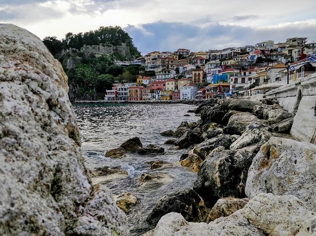 Parga ve skalách